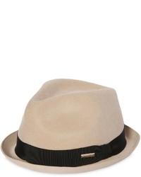 Sombrero de lana rosado