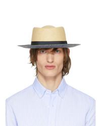 Sombrero de paja marrón claro de Giorgio Armani
