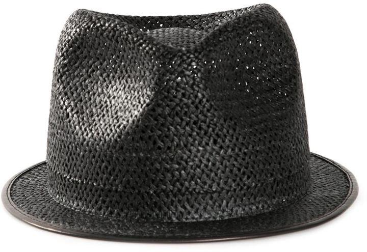 Sombrero de paja negro  dónde comprar y cómo combinar a3cc3de4f22