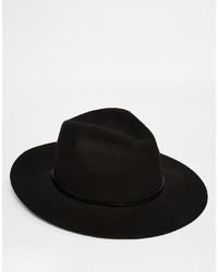 Sombrero negro de Catarzi
