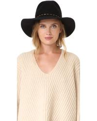 Sombrero negro de Eugenia Kim