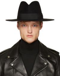 Sombrero Negro de Saint Laurent