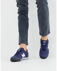 Tenis azul marino de New Balance