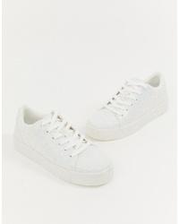 Tenis blancos de Aldo