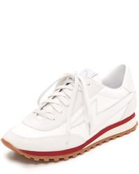 Tenis blancos de Marc Jacobs