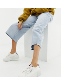 Tenis blancos de Superga