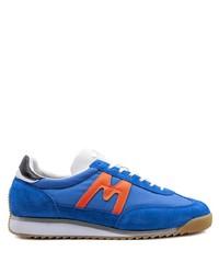 Tenis de ante azules de Karhu