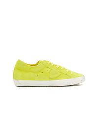 Tenis de ante con adornos en amarillo verdoso de Philippe Model