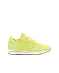 Tenis de ante en amarillo verdoso