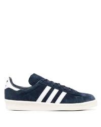 Tenis de ante en azul marino y blanco de adidas