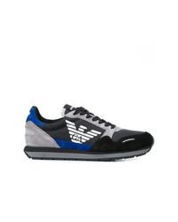 Tenis de ante en negro y azul de Emporio Armani