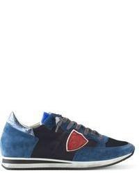 Tenis de ante en negro y azul de Philippe Model