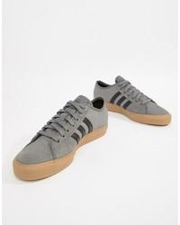Tenis de ante grises de Adidas Skateboarding