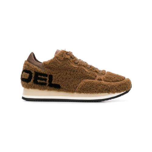 Tenis de ante marrónes de Philippe Model