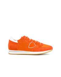 Tenis de ante naranjas de Philippe Model