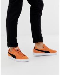 Tenis de ante naranjas de Puma