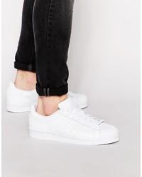 Tenis de cuero blancos de adidas