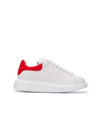 Tenis de cuero blancos de Alexander McQueen