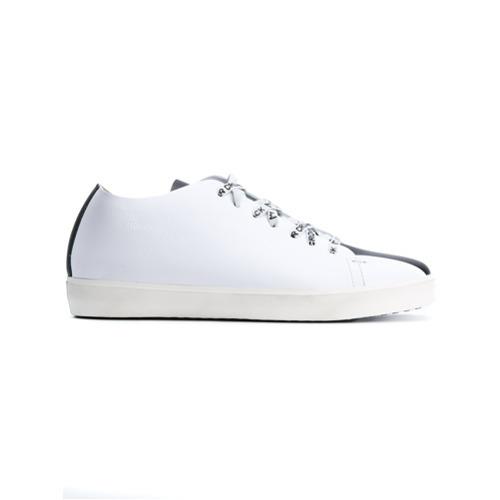 Tenis de cuero blancos de Leather Crown