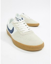 Tenis de cuero blancos de Nike SB