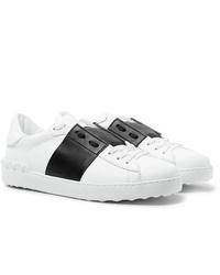 Tenis de cuero en blanco y negro de Valentino