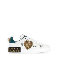 Tenis de lentejuelas con adornos blancos de Dolce & Gabbana