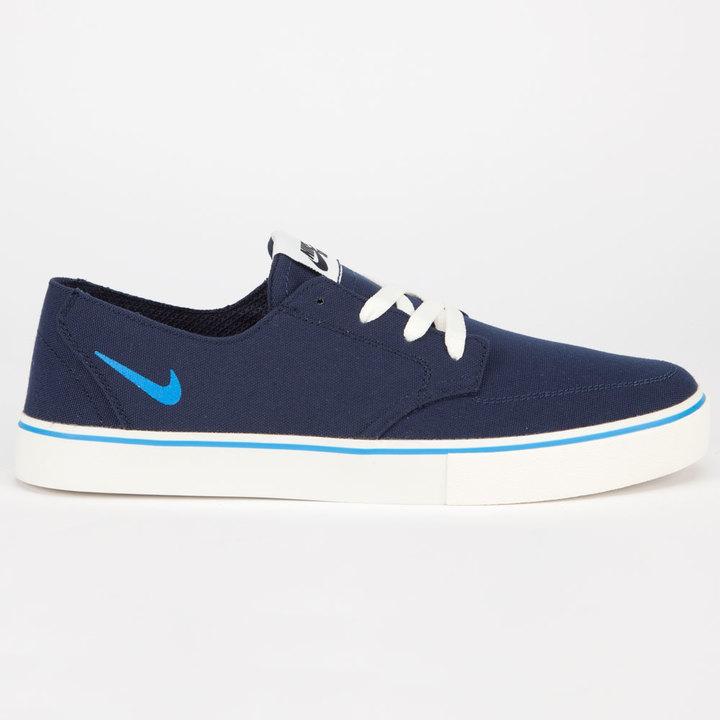 Tenis de lona azul de marino de azul Nike: dónde comprar y cómo combinar 65ab55
