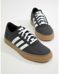 Tenis de lona en gris oscuro de Adidas Skateboarding