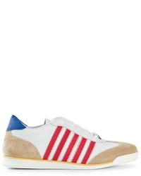Tenis de rayas horizontales en blanco y rojo y azul marino