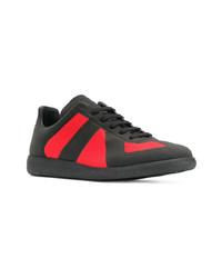 Tenis en rojo y negro de Maison Margiela