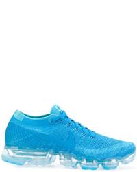 Tenis en turquesa de Nike