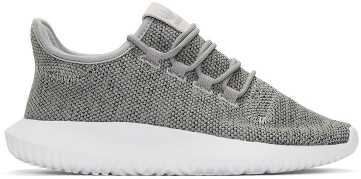 738a2a5f838 ... Tenis grises de adidas ...
