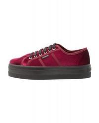Tenis morado oscuro de Victoria Shoes