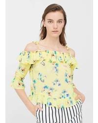 Top con hombros descubiertos con print de flores amarillo