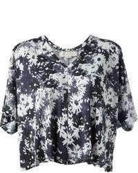 Top corto con print de flores en negro y blanco