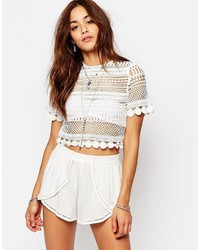 Top corto de encaje blanco de Missguided