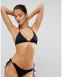 Top de bikini con ojete negro de Asos