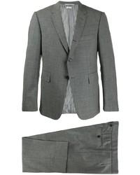 Traje de lana a cuadros gris de Thom Browne