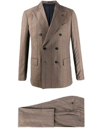 Traje de rayas verticales marrón claro de Gabriele Pasini