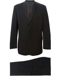 Traje negro de Versace