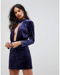 Vestido ajustado con recorte azul marino de Isla