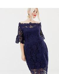 Vestido ajustado de encaje azul marino de Paper Dolls Plus