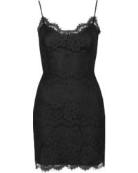 Vestido ajustado de encaje negro
