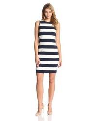 Combinar vestido azul marino manga larga