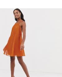 Vestido amplio plisado naranja de Asos Tall