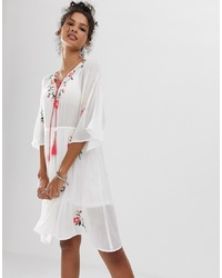 Vestido campesino bordado blanco de En Creme