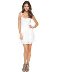Vestido casual de encaje blanco de Blue Life