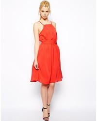 Vestido casual rojo de Glamorous