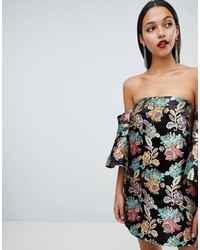 Vestido con hombros al descubierto con print de flores negro de ASOS DESIGN