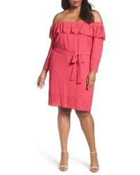 Vestido con hombros al descubierto rosa
